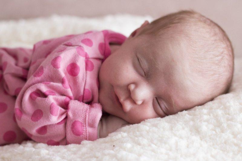 baby slapend pakje